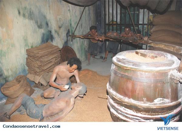 Hầm xay lúa tại nhà tù Côn Đảo